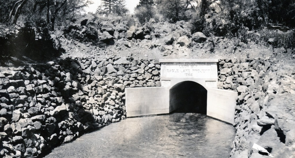 The outlet in 1924. Courtesy of Lola L. Tanner