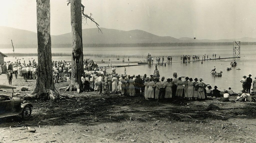 The water carnival at the Sunkist Lodge, 1921. Courtesy of Ed Standard