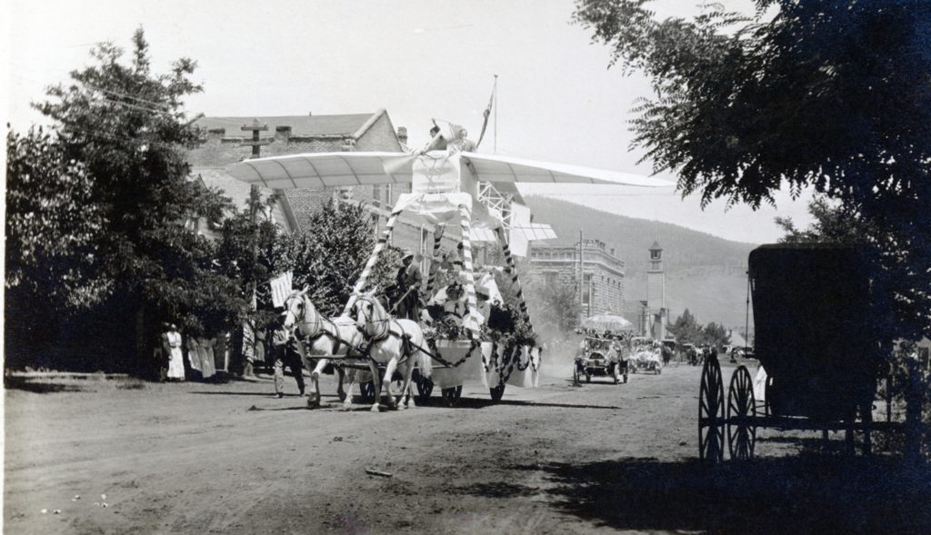 4th of July Parade, Susanville, 1912. Courtesy of Leona Byars