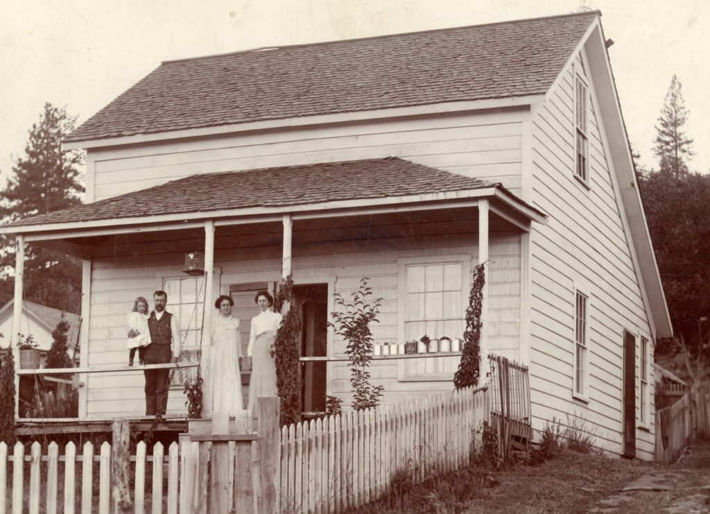 B.R. Zimmerman residence, 45 South Pine Street, circa 1890. Courtesy of B.R. Zimmerman Collection