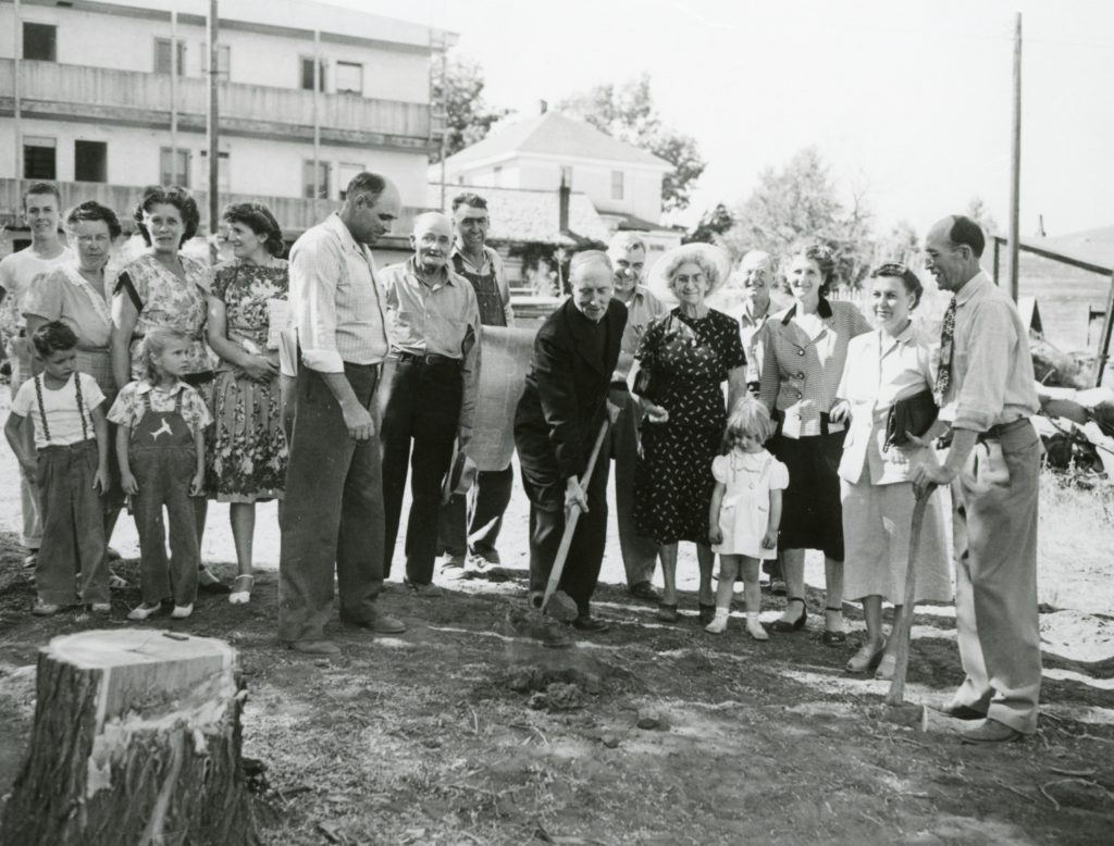 Groundbreaking ceremony at Sacred Heart. Courtesy of Mario and Pauline Vial